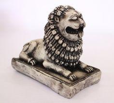 Lion Sri-Lanka Figurine  marble from old Sri Lanka by ICMCM