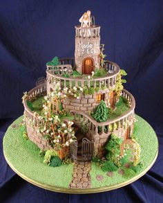 Castle wedding cake! So beautiful!--wow, the detail on this cake is amazing!