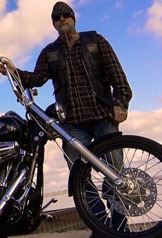 https://flic.kr/p/DtUSne | johny thaitex and his FXDWG wide glide Harley Davidson