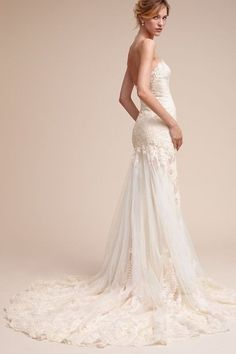18 Wedding Gowns You'll Love | The Perfect Palette