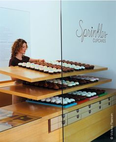 Sprinkles Cupcakes - Since we opened the world's first cupcake bakery in Beverly Hills, our freshly baked treats have inspired long lines of devoted Hollywood stars and serious epicureans alike. Located off Chicago's historic Magnificent Mile between Michigan Avenue and Rush Street, this bakery's breathtaking 40-foot modern dot façade towers over the historic Gold Coast's shopping district near Water Tower Place and John Hancock Center.    50 east walton street  chicago, illinois 60611