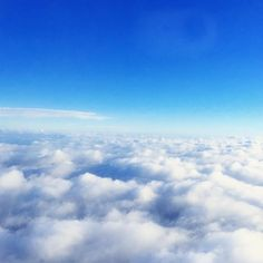 """Back home countdown ONE DAY LEFT!!!! #home #sky #bluesky #ciel #suzhou #cloud #nuage #airfrance #miss #fly"""