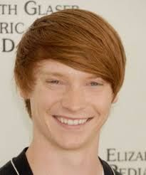Calum Worthy is adorable :) my kids love Austin and Ally but I really appreciated him when I saw him in an episode of Flashpoint thak you Calum Worthy, Austin And Ally, Disney Shows, Celebs, Celebrities, Attractive Men, Redheads, Famous People, Boyfriends