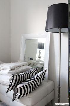 amazing open plan loft space, large wind - http://yourhomedecorideas.com/amazing-open-plan-loft-space-large-wind/ - #home_decor_ideas #home_decor #home_ideas #home_decorating #bedroom #living_room #kitchen #bathroom -