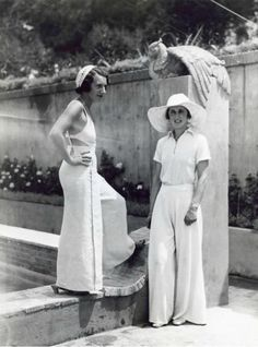 vintage everyday: These 50 Vintage Photos of Women in Giant Pants in the Are Fascinating 1930s Fashion, Retro Fashion, Vintage Fashion, Vintage Style, Retro Outfits, Vintage Outfits, Cute Outfits, Dapper Day Outfits, Jobs For Women