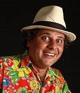 O músico Zé de Riba toca nos dias 18 e 19 de fevereiro, às 18h30 e às 12h30, respectivamente, no Centro Cultural de São Paulo. A entrada é Catraca Livre. O cantor e compositor maranhense homenageia Marc Chagall (pintor cuja obra está atualmente em exposição no MASP).