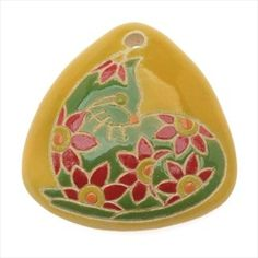 Golem Studio Ceramic Triangle Pendant Yellow With Green Sitting Cat 38mm (1)