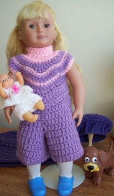 Free crochet patterns for 18 inch doll or American Girl Doll. 5 pieces included in this ensemble including sweater and boots. Happy crocheting!