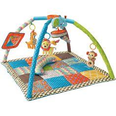 Le tapis d'éveil avec arche d'activités Twist and Fold de la marque Infantino est équipé de nombreuses activités et permet ainsi de stimuler la curiosité de bébé. Un tapis d'éveil qui se plie facilement à emmener partout.