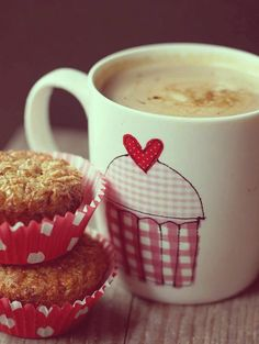 Come and join us having delicious coffee. Good Morning Coffee, Coffee Break, I Love Coffee, My Coffee, Café Chocolate, Pause Café, Chocolate Caliente, Coffee Cafe, Food And Drink