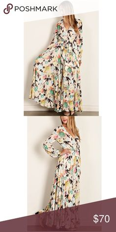 🎁Holiday Sale!Size M Ivory floral Maxi dress So beautiful! A perfect dress for fall! Long maxi, with tie.Its Half way underlining makes it comfortable so you won't feel to hot. Thin flows material.floral print. 100% polyester. S/M/L small(4-6) medium(8-10) large(12-14). Dresses Maxi
