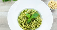 Try this delicious gluten-free pesto pasta dish is full of fresh basil pesto flavor and nutty, high-energy toasted pine nuts. Pasta Al Pesto, Pesto Pasta Dishes, Salsa Pesto, Basil Pesto, Pesto Recipe No Pine Nuts, Pine Nut Recipes, Tofu, Fideos Soba, Gluten Free Pasta