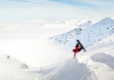 Handplant, Tatras/SVK  foto. Ariel Wojciechowski #snowboarding #snowboard #tylas #photography