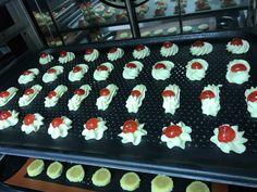 Come fare la frolla montata Pasta, Food And Drink, Cakes, Oven, Snow, Italian Desserts, Cake Makers, Kuchen, Cake