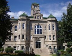 Appanoose County Courthouse. Centerville, Iowa. 1904 Stone building