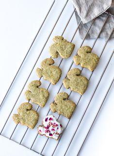 Black tea squirrel cookies with rose icing
