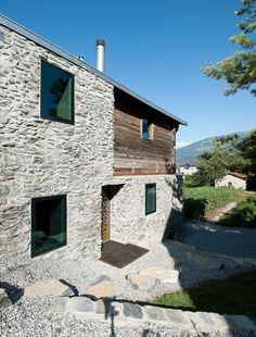 Germanier house. Location: Vétroz, Valais, Switzerland; firm: savioz fabrizzi architectes; year: 2009