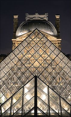 The Louvre (Paris) by Architect I M Pei  photo by David Rombaut