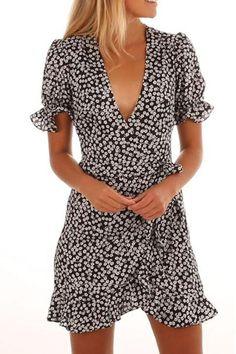 Deep V Neck Floral Printed Short Sleeve Casual Dresses 7f8193901a7