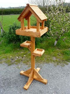 Terrific Pics hanging Bird Feeders Strategies : Prime hint: with regard to an increasingly natural looking feeder, look at smearing lots of people on the lines plus teeth cavities with cherry cones,. Wood Bird Feeder, Bird Feeder Plans, Bird House Feeder, Hanging Bird Feeders, Homemade Bird Houses, Homemade Bird Feeders, Bird Houses Diy, Diy Wood Projects, Wood Crafts