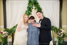 Thumbs Up! | Bride and Groom | Family Photos | Wedding Photography at the Ritz Carlton Half Moon Bay | Christophe Genty Photography