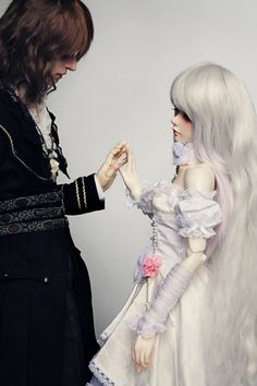 beautiful bjd couple A Lovely Photo. I Have Seen Many Couples, But Not Many Seem To Capture Real Love Like Thses Two.