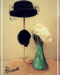 """""""La moda riflette i tempi in cui si vive anche se quando i tempi sono banali preferiamo dimenticarlo."""" - Coco Chanel -  #cappello #cappelli #hat #hats #artigianato #madeinitaly #moda #fashion #style #stile #nero #black #instalike #instalife #instamoment #l4l #like4like #likeforlike"""