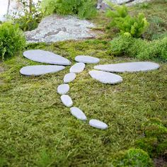 Wind & Weather Decorative Stones Dragonfly Stepping Stone