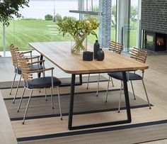 DM3600 series dining table
