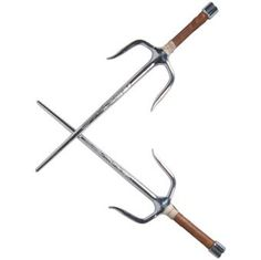 Not sharpened blades. The handles are heavy, and are used as much for blunt trauma as the blades are used for puncturing. Swords And Daggers, Knives And Swords, Chinese Weapons, Bushido, Ninja Gear, Armas Ninja, Shaolin Kung Fu, Martial Arts Weapons, Art Of Fighting