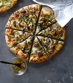 Truffled Mushroom Pizza | Williams-Sonoma