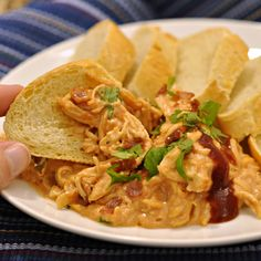 California Pizza Kitchen BBQ Chicken Pizza Dip GET THE RECIPE California Pizza Kitchen BBQ Chicken Pizza Dip submitted by The Way to His Heart Related Postspepperoni pizza pinwheelspepperoni pizza puffsJalapeno Popper Cheese BallSkinny Candy Dip Chicken Pizza, Chicken Dips, Copycat Recipes, New Recipes, Favorite Recipes, Buffalo Chicken Wing Dip, California Pizza Kitchen, Tasty Kitchen, Canned Pumpkin