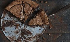 The chocolate and lime mud cake dulls bitter with sweet, heightens sweet with salt, and cuts through salt with sharpness. Photography: Jill ...