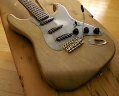 Destroy All Guitars - Verrilli Natural S Split Blades