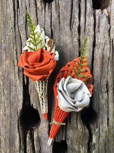 Picture Flax Weaving, Flax Flowers, Maori Designs, Maori Art, Wrist Corsage, Bracelet Crafts, Buttonholes, Flower Power, Floral Arrangements