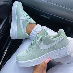 Latest sneakers from Nike and Adidas - Schuhe Damen Zapatillas Nike Air, Nike Shoes Air Force, Air Force Sneakers, Nike Air Force 1 Outfit, Nike Force 1, Sneaker Outfits, Nike Outfits, School Outfits, Summer Outfits