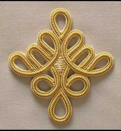 Celtic Knot x 3 DIY sewing Bullion Embroidery, Gold Embroidery, Embroidery Patterns, Bordados Tambour, Gold Bullion, Gold Diy, Beaded Jewelry Patterns, Sewing Appliques, Gold Work
