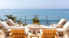 Cindy Crawford's house is for sale: the model is selling her family Malibu mansion - Vogue Living