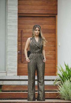 Simple Summer to Spring Outfits to Try in 2019 – Prettyinso Trendy Black Outfits, Simple Fall Outfits, Best Casual Outfits, Fall Fashion Outfits, Spring Outfits, Autumn Fashion Grunge, Lace Jumpsuit, Peplum, Brown Leather Pants