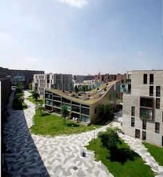 Residential block by NL architects and park by de Architecten Cie