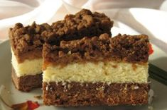 Grated chocolate and coconut slices with apples Polish Desserts, Coconut Slice, Nutella, Tiramisu, Banana Bread, Sweet Tooth, Goodies, Apple, Chocolate