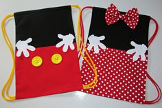 Mickey library bag for Rowdy Disney Diy, Disney Crafts, Fiesta Mickey Mouse, Minnie Mouse, Mickey Clubhouse, Polka Dot Bags, Diy Couture, Creation Couture, Diy Purse