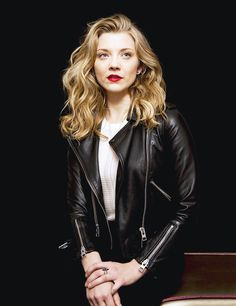 Natalie Dormer - Game of Thrones Queens Daily Natalie Domer, Anne Boleyn, Belleza Natural, Perfect Woman, Hollywood Actresses, Beautiful Actresses, Lady, Beautiful People, Leather Jacket