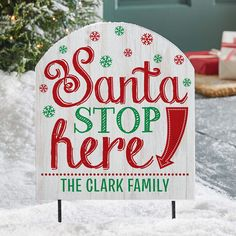 Make sure the Jolly Elf himself makes it down your chimney! This sign will guide the way this Christmas Eve. Outdoor Signs, Personalized Christmas Gifts, Holiday Wishes, Christmas Decorations, Holiday Decor, Feeling Special, Christmas Eve, Elf, Unique Gifts