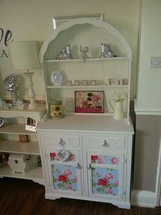 Dutch dresser
