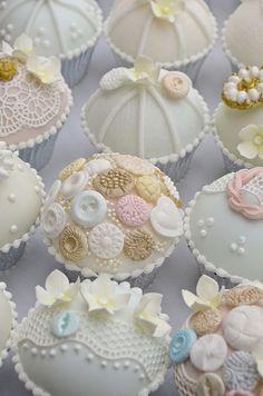 Vintage Button Cupcakes