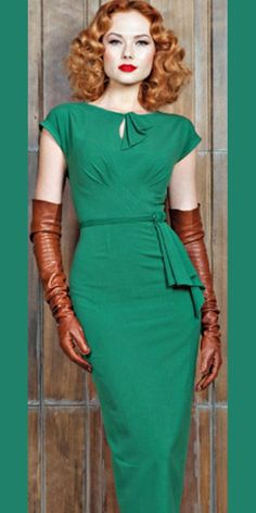 1940's style dress.  Awesome   mt