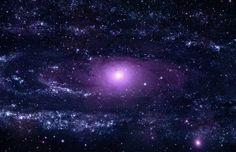 La Galaxia de Andrómeda es el objeto visible a simple vista más alejado de la Tierra. Está a 2,5 millones de años luz en dirección a la constelación de Andrómeda