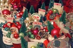 * Jenni Bowlin *: It's beginning to look alot like Christmas. . .//Santa cups