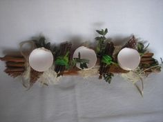 Dekoracja stołu lub świecznik
